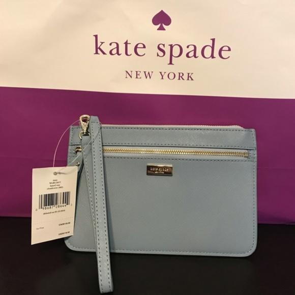 kate spade Handbags - NWT Kate Spade 'Tinie' Wristlet